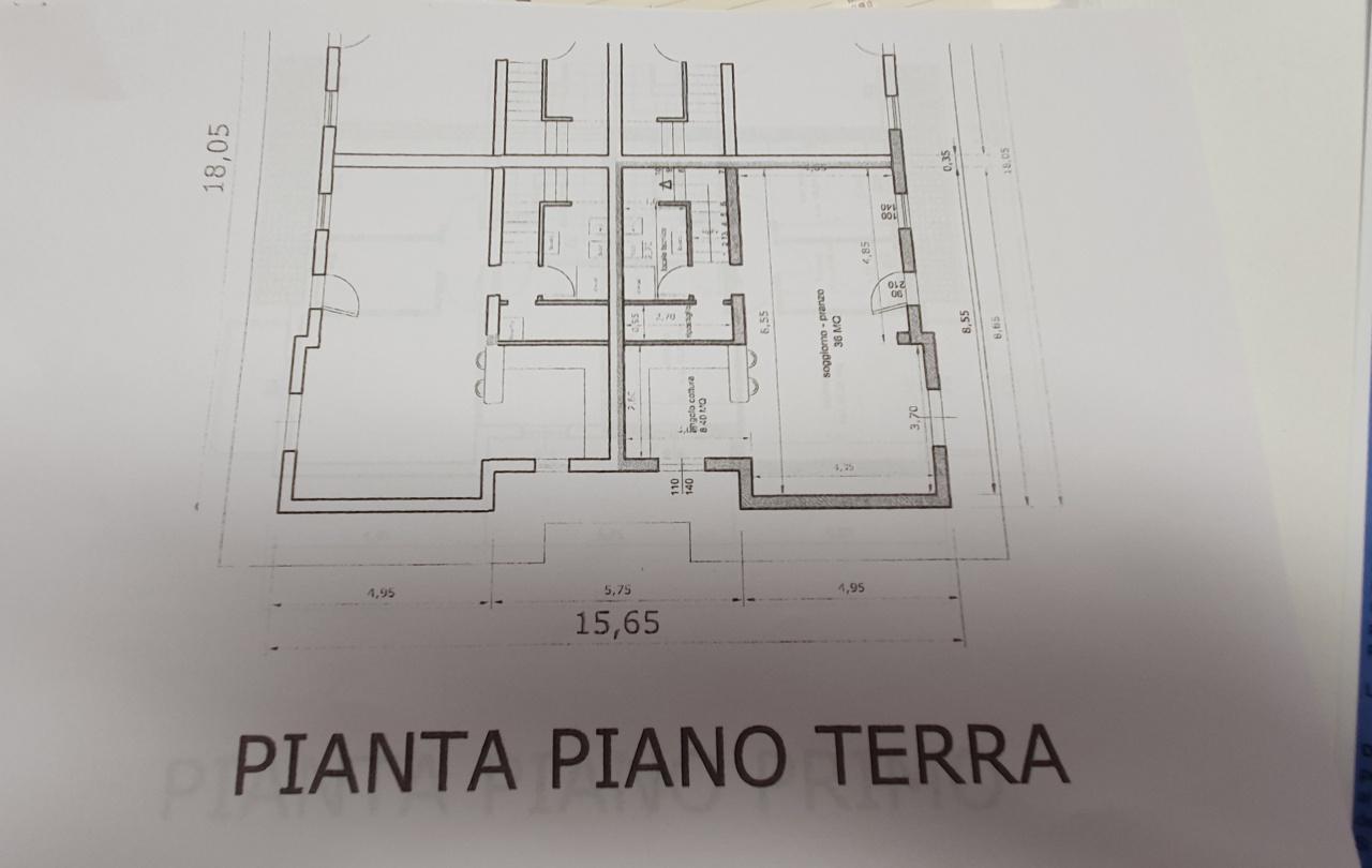 VILLA A SCHIERA in VENDITA a ALTOPASCIO